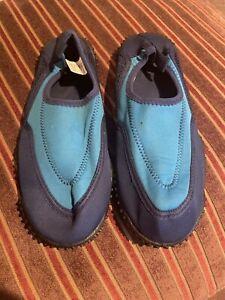 Airwalk Kids Blue & Black Water Wading Shoes /Aqua Socks  Sz 2 1/12