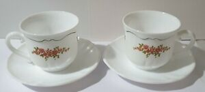 Vintage Arcopal France cup & sauser, set of 2