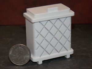 Dollhouse Miniature Clothes Hamper White 1:12 inch scale Y43 Dollys Gallery