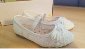 Jumping Beans Butter Pecan Toddler Girls Ballet Flats White Floral Sequin Size 6