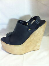 DEENA & OZZY Extreme Leather/Suede Platform Heels 9