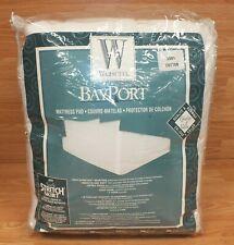 Wamsutta Bayport 100% Cotton Queen Size Mattress Pad With Soft Stretch Skirt