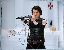 MILLA JOVOVICH SIGNED 11x14 PHOTO DC/COA RESIDENT EVIL THE FINAL CHAPTER