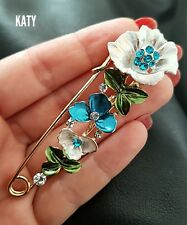 Large Gold Safety Pin Jewerlly Flower  Diamante Scarf Clothes Shawl Kilt  Brooch