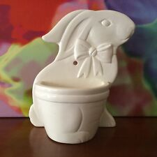 Sigma The Tastesetter ~ Gail Levites / Ceramic Bunny Wall Basket / Circa 1984