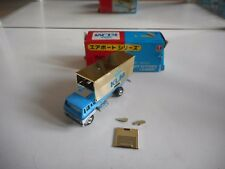 "Bandai Airport Series Flight Kitchen Loader ""KLM"" in White/Blue/Gold in Box"