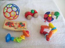 Baby - Spielzeug - Paket: 5 Greiflinge, aus Holz, HABA, Selecta u.a., plus Oball