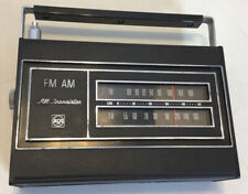VINTAGE RCA FM-AM ALL TRANSISTOR RADIO TESTED AND WORKS