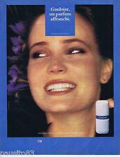 PUBLICITE ADVERTISING 095 1981 Molyneux Gauloise un parfum affranchi 1