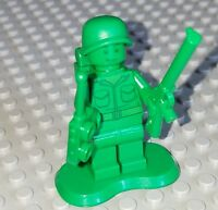 LEGO Toy Story Green Army men Minifigure w/ Backpack & gun rifle stand base lot
