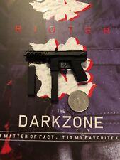 Virtual Toys The Dark Zone Agent Tracy R Ver MAC-11 Pistol loose 1//6th scale
