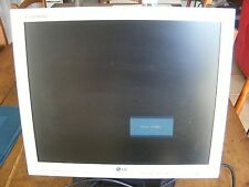 écran d'ordinateur LG d'occasion 34 cm x 28 cm fonctionne