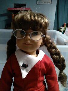 Pleasant Company retired Molly Mcintire American Girl Doll