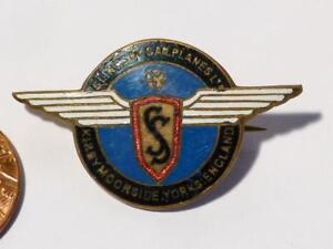 WW2 Slingsby Sailplanes Ltd Kirkbymoorside Yorks No.37 War Worker Enamel Badge