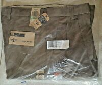 NWT MEN'S DOCKERS D3 CLASSIC FIT PLEATED BROWN KHAKI PANTS SIZE 34X32