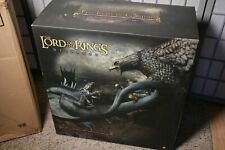 NIB Sideshow LOTR - Fell Beast vs. Gwaihir Eagle Statue Diorama Dragon NEW