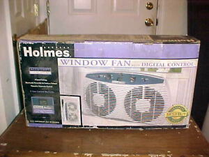 Holmes HAWF-2095 Window Fan w/ Accutemp Digital Control, New, Unused, NIB