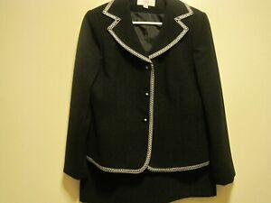 Le Suit WOMAN SZ 12 PETITE Black W/White TRIM Polyester TWO Piece Skirt Suit