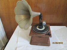 Victrola AM/FM transistor Radio