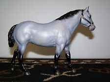 BREYER SR QUARTER HORSE GELDING SILVER 1989  numbered 1605/5000 NICE