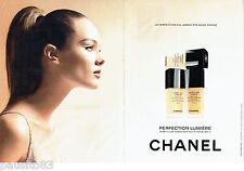 PUBLICITE ADVERTISING 096  2012  Chanel (2p)   maquillage fond de teint