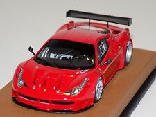 1/43 Looksmart Ferrari 458 Italia GT2 Rosso Corsa on a Leather Base LS390A