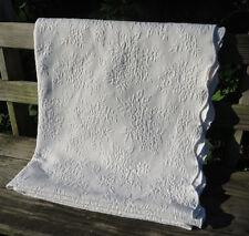Linens N Things FULL QUEEN Matelasse Bedspread Blanket White Rose Portugal 82X92