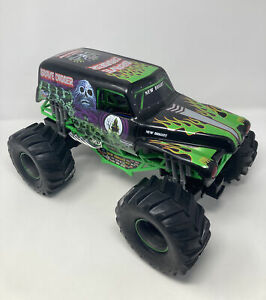 New Bright 16 Inch 2.4Hz Monster Jam Grave Digger Truck No Remote No Battery