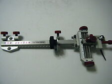 """4"""" DAVIS TARGET SIGHT- Double knob mount -Silver/Red knobs."""