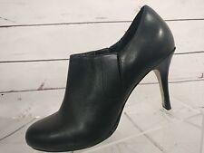 COLE HAAN Black Leather Slim Heel Round Toe Ankle Booties Women's Size 8.5 B