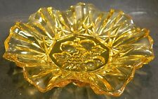 """Vintage Embossed Ruffle Scalloped Edged Amber Glass Bowl 8"""" x 1.5"""" Excellent"""