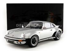 Minichamps 1977 Porsche 911 (930) Turbo Plata 1/12 Escala Nueva Versión Le 150