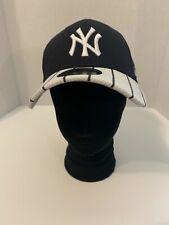 New Era 39 Thirty New York Yankees SZ M/L black white hat cap