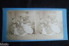 STB701 Scene de genre 3 femme canapé divan stereoview photo STEREO albumen