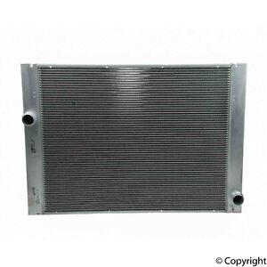 For BMW E60 E61 525i 528i 530xi Manual Transmission Radiator Behr 376753591