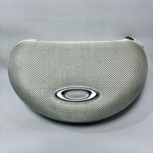 Oakley Sunglass Case Ballistic Style White Zip Around Large Silver Logo