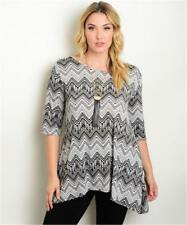 NEW..Stylish Plus Size Print Top with Hanky Hemline..Sz20/2XL