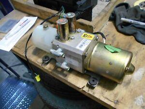 Jaguar XK8 XKR Convertible Hood Hydraulic Pump. Operational. No leaks. HJD8225AB