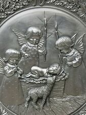 Hudson Pewter 1979  Baby Jesus Angels Lamb Manger Christmas Plate A. Petitto