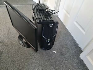 Gaming pc bundle(PC, monitor and accessories)