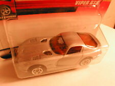 Matchbox 2000 #19 DODGE VIPER GTS silver w/ logo (chase) hunt