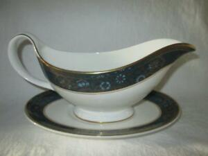 Royal Doulton Carlyle Gravy/Sauce Boat & Stand 1st Quality #2