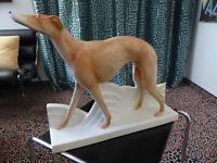 Windhund, Keramik, Art Deko, Frankreich 30er Jahre, tadelloser Zustand, L. 55 cm