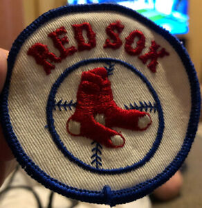 """Vintage Boston Red Sox Embroidered 3"""" Iron On Patch"""