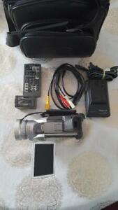 Panasonic Palmcorder PV-DV951D 3CCD miniDV
