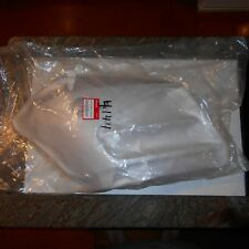 GENUINE HONDA PARTS LEFT MIDDLE COWLING SILVER  GL1800 F6B 64290-MCA-S40ZA