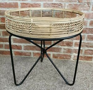 Cane Wicker Rattan Side Coffee Table Round on Black Metal Legs (a)