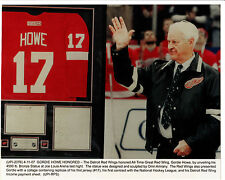 Gordie Howe, Wire-Photo copy Bronze Statue of Howe and 1st Jersey #17-RARE!!!