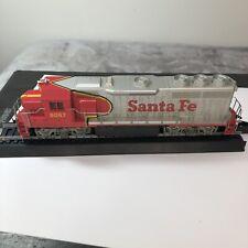 HO Scale Bachmann 6067 Santa Fe GP-40 diesel engine 41-635-02 Lighted A1