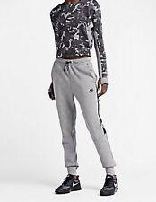 Nike Women's Tech Fleece Pants Heather Gray/Black 683800 091Size X-Large.